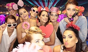Party-Photo-Booths1_304x180_acf_cropped